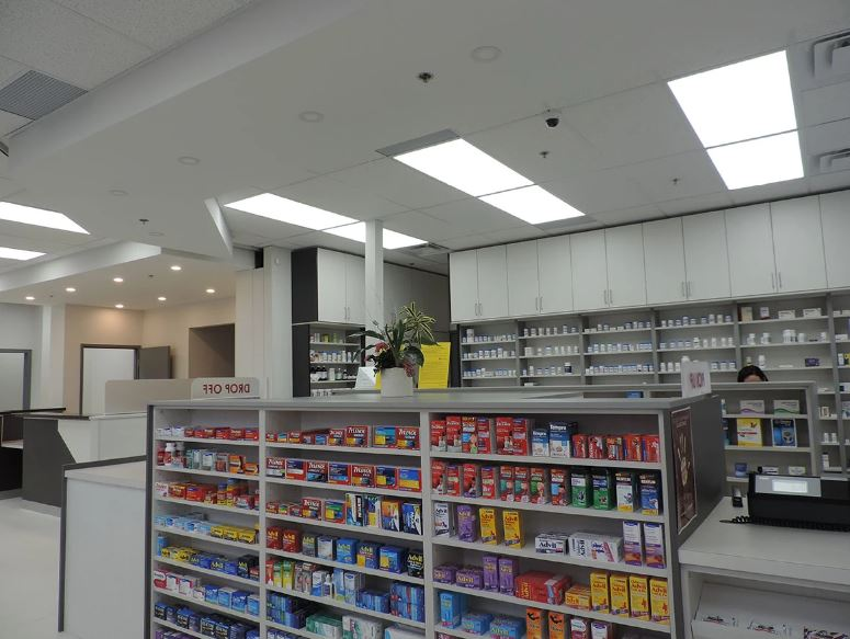 Multi Layer Shelving Wall Unit with Ceiling Cabinets