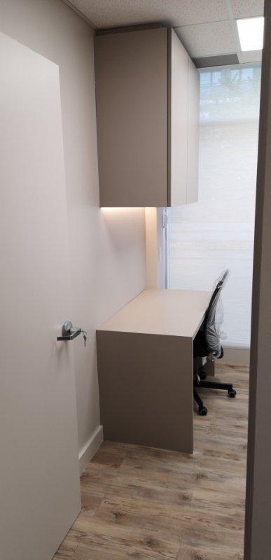 Simple Office Desk Design
