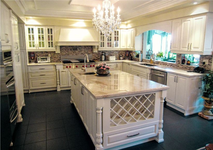 TRADITIONAL KITCHENS 4