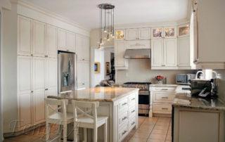 Glazed Doors Kitchen Overview