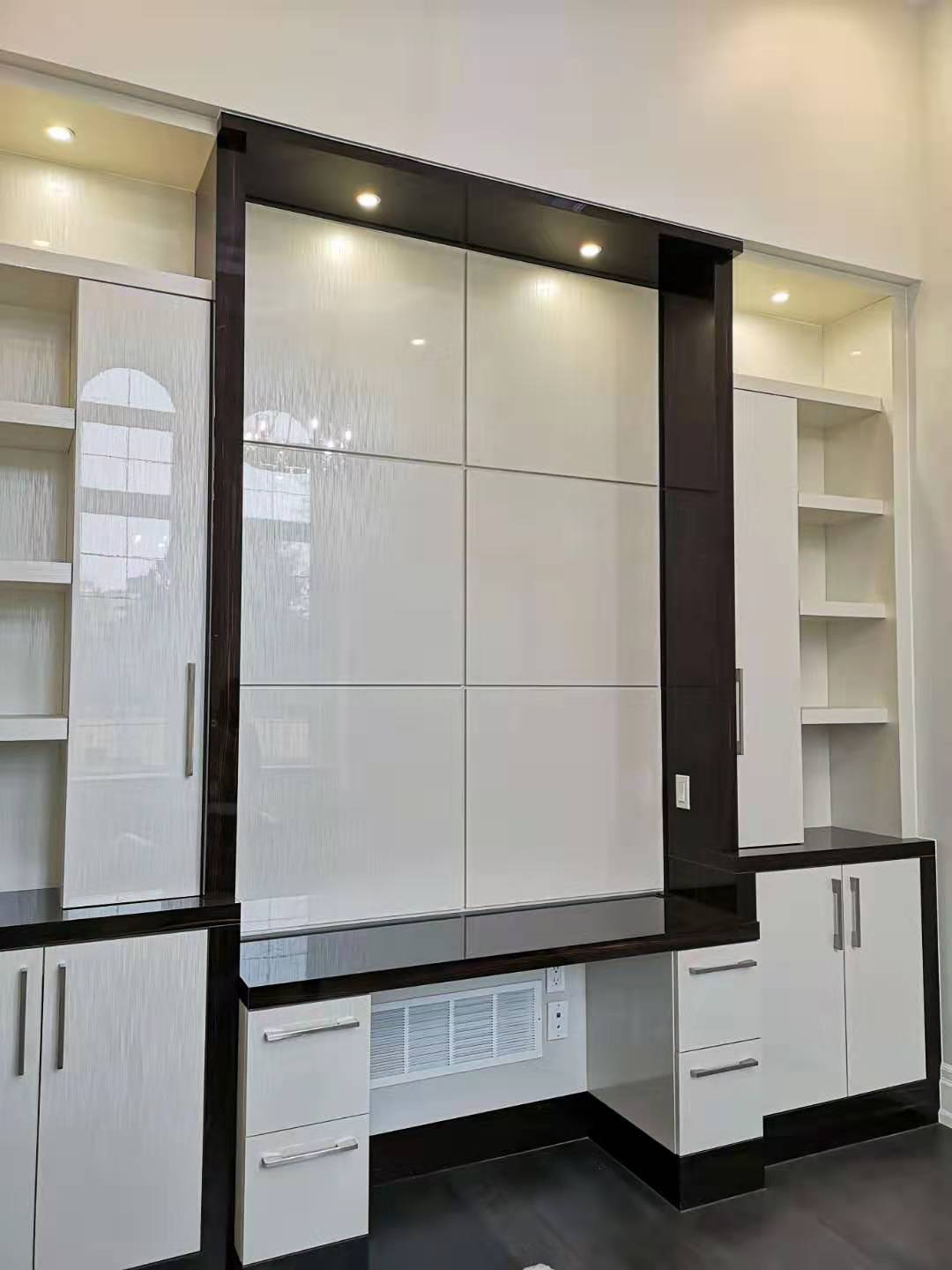 WALL UNITS & OFFICE8