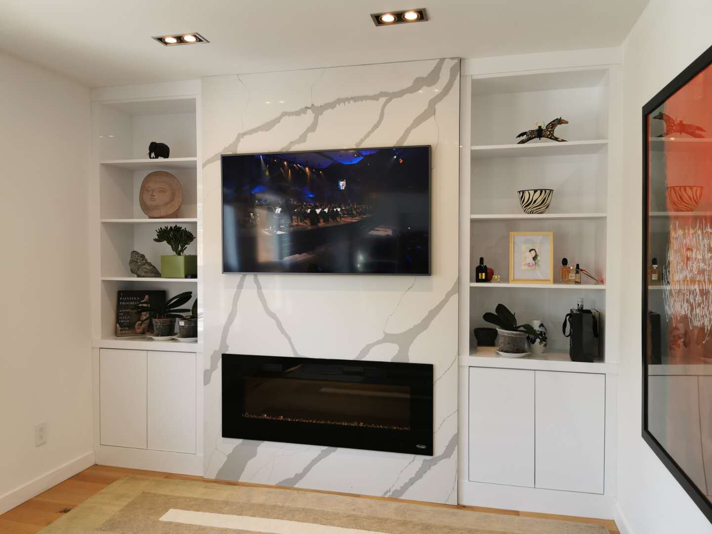 wall unit in high gloss white