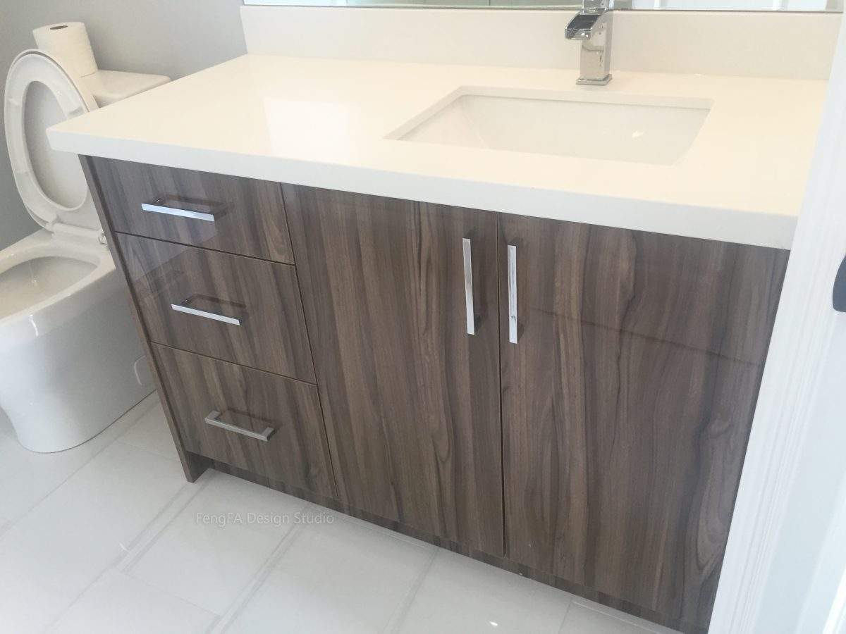 bathroom cabinets Vaughan
