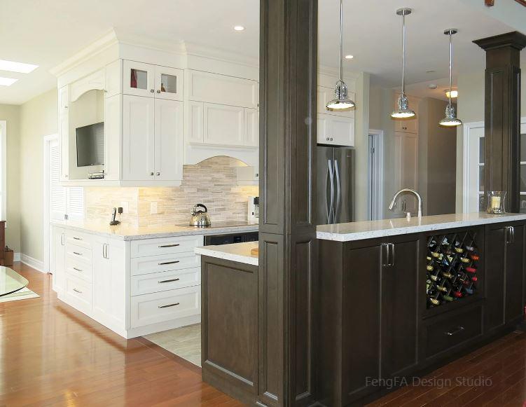 High gloss pantry Design