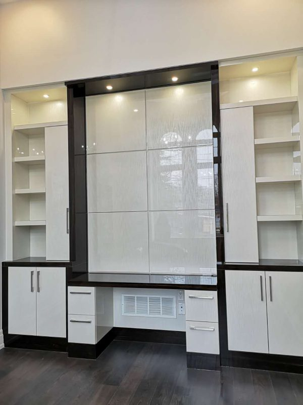 White built-ins Design