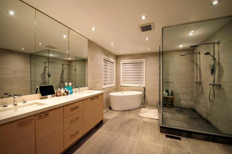 bathroom built-ins Richmond hill